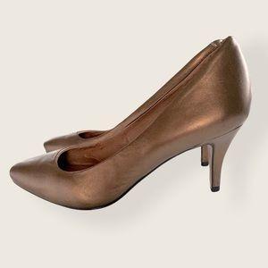 Corso Como Gold Metallic Heels Women's Size 9.5